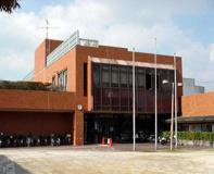 富田林市立中央図書館