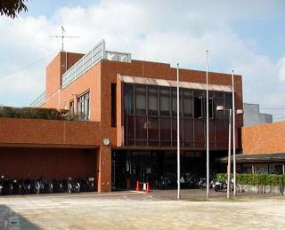 富田林市立中央図書館の画像1