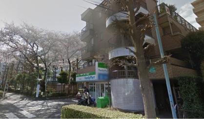 ファミリーマート秀栄国領商店の画像1