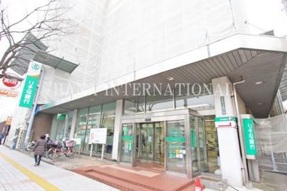 りそな銀行 竹ノ塚支店の画像1