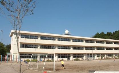 八街市立八街北中学校の画像1