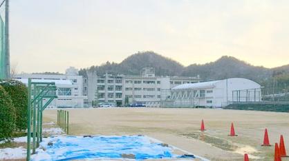 宝塚市立 西谷中学校の画像1
