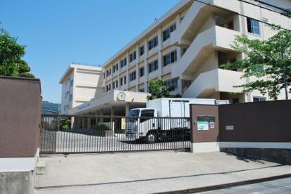 大東市立谷川中学校の画像1