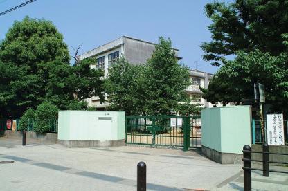 泉佐野市立第二小学校の画像1
