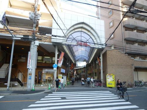 淡路本町商店街(イズミヤ等 西側入口)の画像