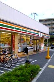 セブン−イレブン目黒環七柿の木坂店の画像1