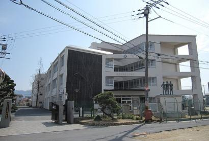大東市立南郷中学校の画像1