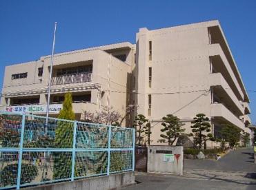 大東市立諸福小学校の画像1