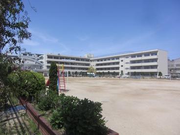 大東市立四条小学校の画像1