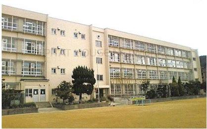 大東市深野小学校の画像1