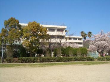 大東市立泉小学校の画像1
