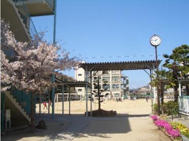 大東市立南郷小学校の画像1