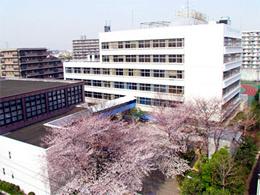 芝浦工業大学中学校の画像1