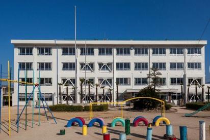 海田西小学校の画像1