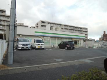 ファミリーマートアイダ草加中央店の画像1