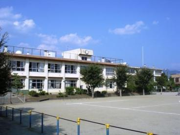 甲府市立貢川小学校の画像1