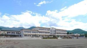 甲府市立北新小学校の画像1