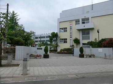 川口市立榛松中学校の画像1