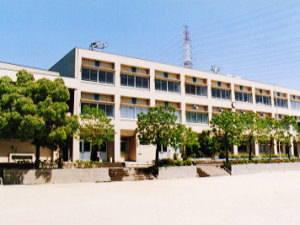 四條畷市立四條畷南小学校の画像1