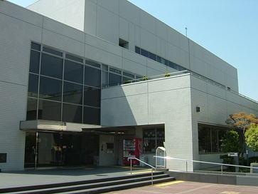 市立総合文化センター サーティホールの画像1