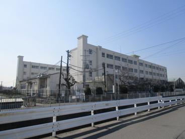 高槻市立柳川小学校の画像2