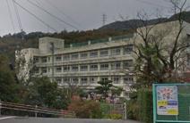 狩小川小学校