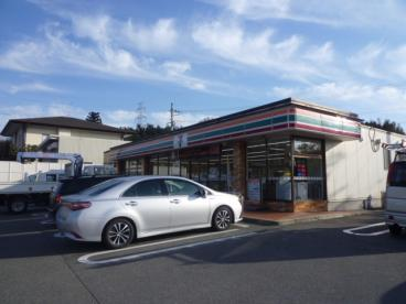 セブン−イレブン亀岡篠町王子店の画像1