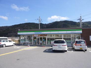 ファミリーマート亀岡曽我部町店の画像1