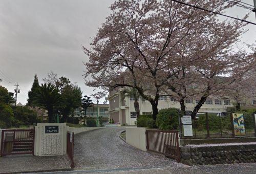 名古屋市立 伊勢山中学校の画像