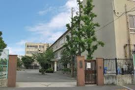 高石市立取石中学校の画像1