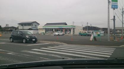 ファミリーマート高崎吉井町店の画像1