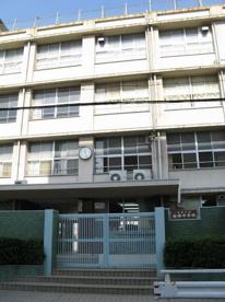 大阪市立梅南中学校の画像1