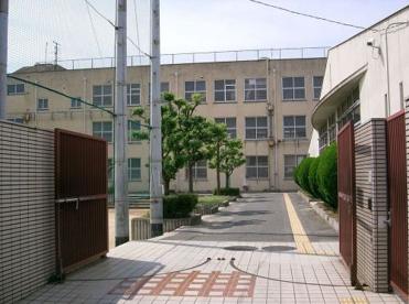大阪市立 住吉中学校の画像1