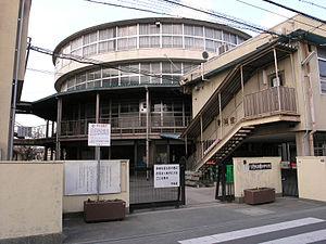 曙川中学校の画像1