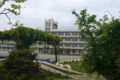 市川市立 曽谷小学校の画像1