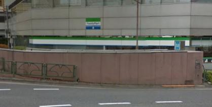 ファミリーマート 護国寺駅前店の画像1