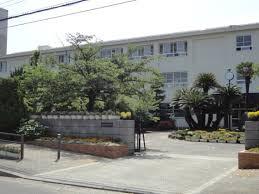 貝塚市立第一中学校の画像1