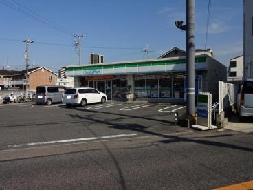 ファミリーマート泉佐野羽倉崎店の画像1