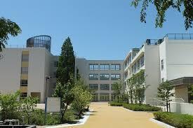 尼崎市立 成文小学校の画像1