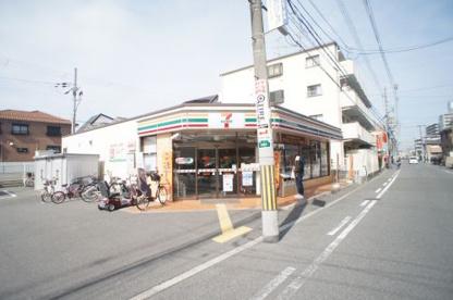 セブン−イレブン大阪瓜破3丁目店の画像1