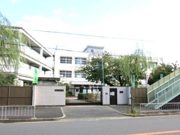 高井田西小学校の画像1