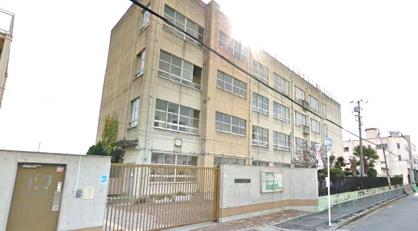 高井田中学校の画像1