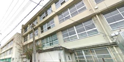 布施中学校の画像1