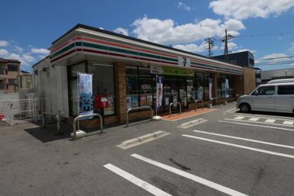 セブン−イレブン 草津湖南農業高校前店の画像1