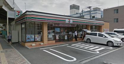 セブン-イレブン 横浜神奈川2丁目店の画像1