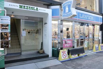 ローソン 梅田茶屋町店の画像1