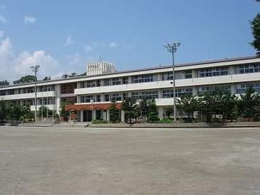 南アルプス市立豊小学校の画像1