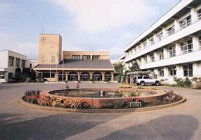 南アルプス市立櫛形中学校の画像1