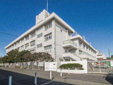 世田谷区立喜多見中学校の画像1