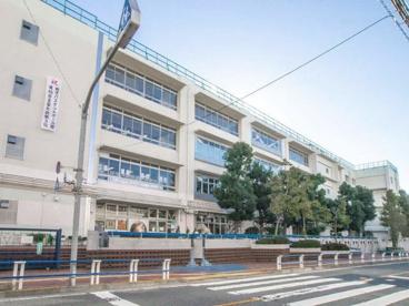 世田谷区立梅丘中学校の画像1